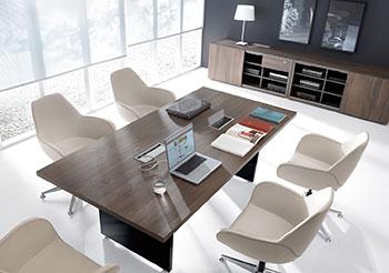 Стол для заседаний, конференций